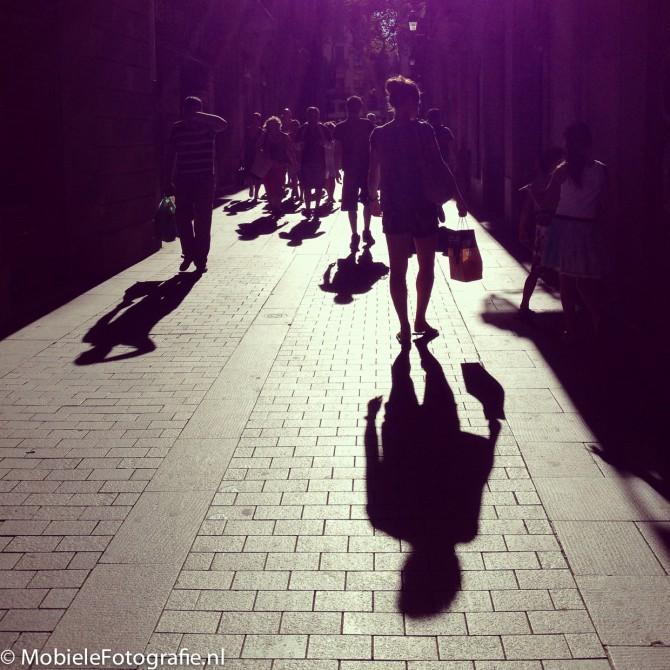 Tegen het licht in fotograferen met je mobiele telefoon – het maken van een silhouet