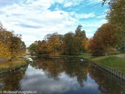 Herfst in Haarlem Centrum, de foto na de HDR-emulatie bewerking in Snapseed.