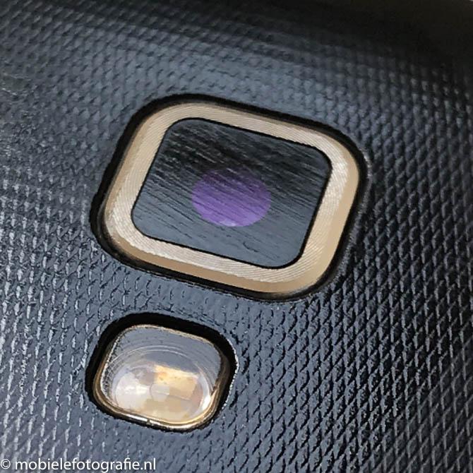 Mooiere foto's met je mobiel? Maak je lens schoon!